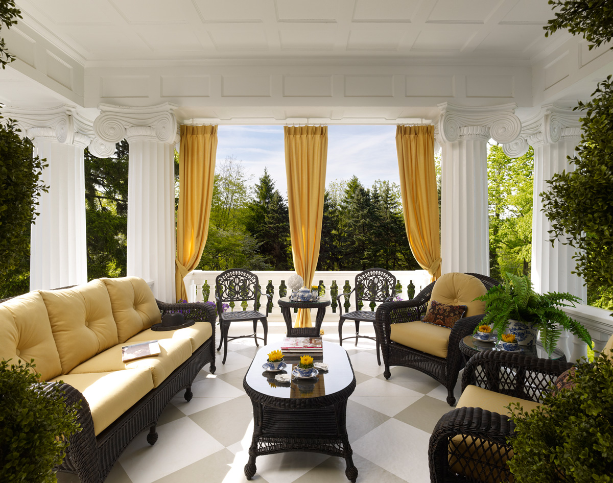Decorating den interiors blog interior decorating and for Decorating outdoor spaces